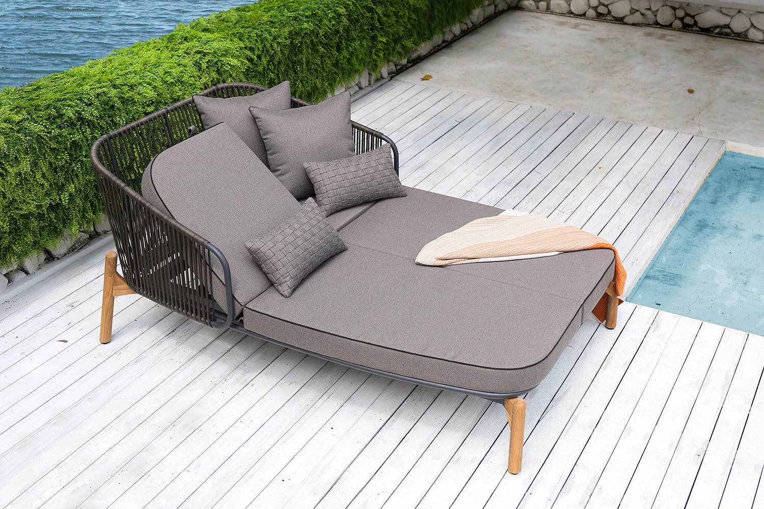 Pollux Lounge Daybed